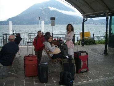 Varenna: Waiting for the ferry to Bellagio