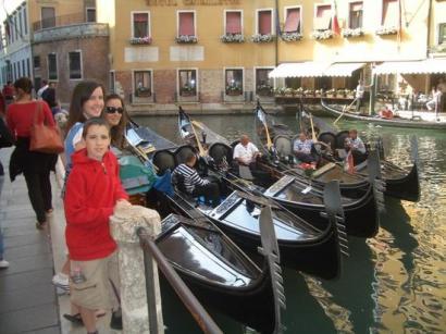 More gondolas