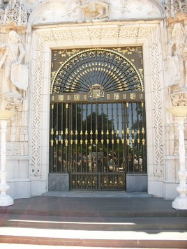Hearst Castle: front door