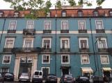 16.1462537376.beautiful-tiles-buildings-in-lisbon