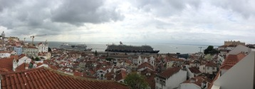 Pano of the Harbour. Note the two cruse ships!