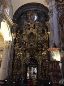 Church of El Salvador: and another altar.
