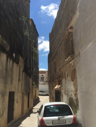 Very narrow lanes in Arcos Old Town.
