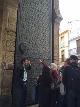Mezquita gate.