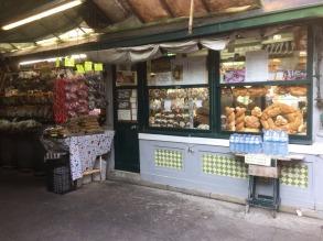 Bolhao Markets: a bakery.