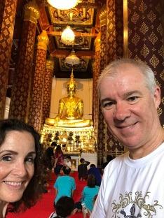 The large Golden Buddha