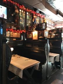Inside Pete's Tavern