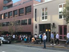 A queue for cupcakes!